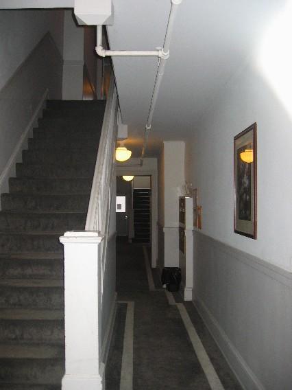 Oldhallway