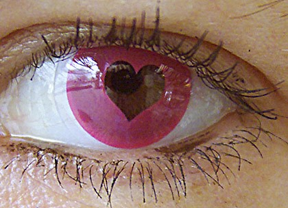 Heart_contacts_420-420x0