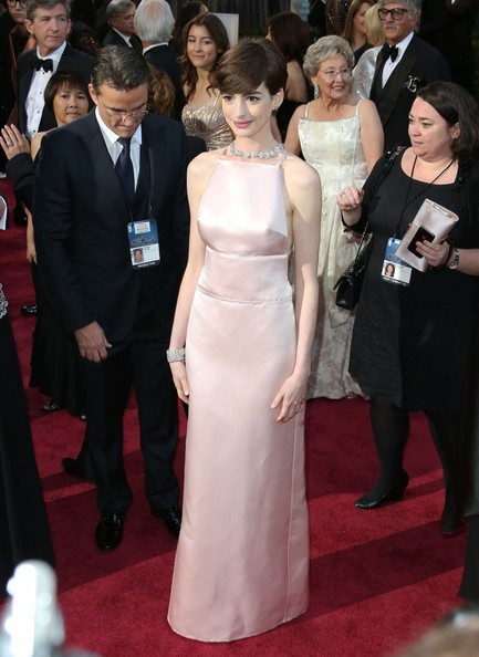 Anne+Hathaway+85th+Annual+Academy+Awards+Arrivals+26tE5doc1SIl